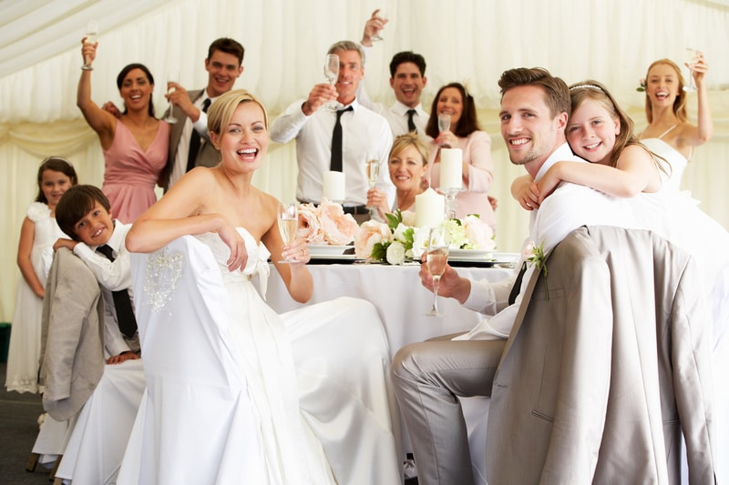 10 tips for delivering a great wedding toast