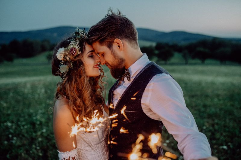 Simple wedding ideas for a small and intimate wedding