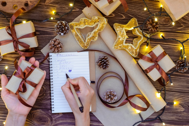 How to juggle wedding planning at Christmas without feeling overwhelmed